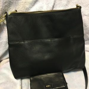 Fossil large cross body with wallet in black